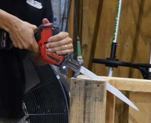 Salvaging Wooden Stuff with Reciprocating Saw